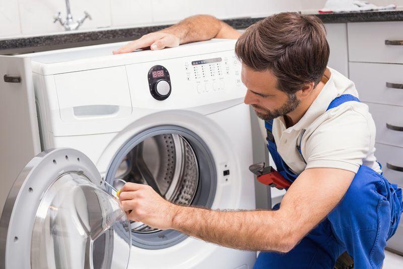 Почему при стирке стиральной машиной был запах горелого?