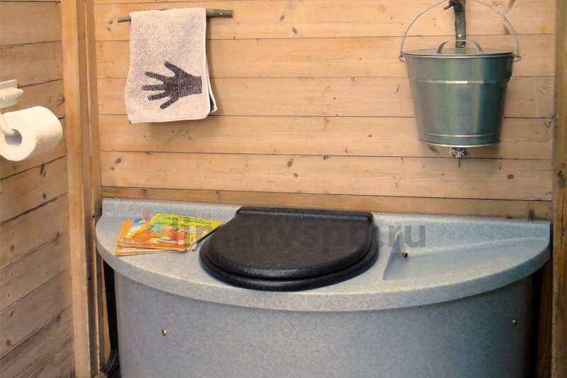 Покупка биотуалета для дачи и необходимого к нему